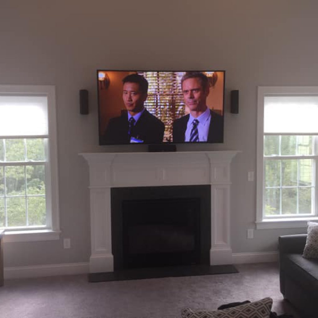 A simple curved TV install